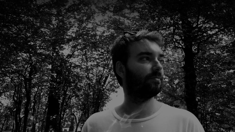 Jean Le Roy - Développeur web et consultant social medias à Biarritz - Portrait